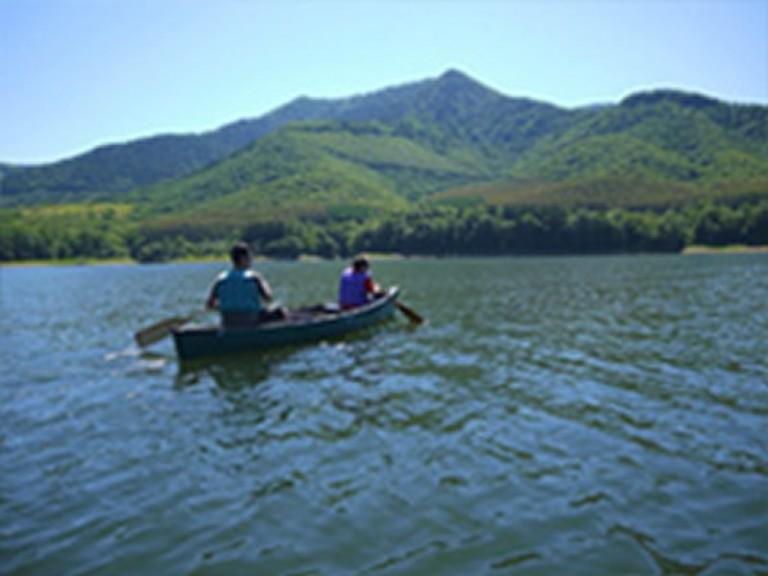 かなやま湖カヌーイング