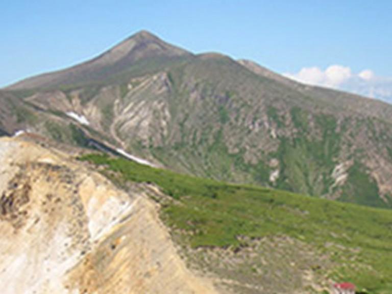北海道の山トレッキングツアー